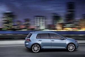 Volkswagen Golf nocturna