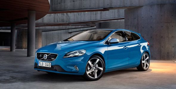 Volvo V40, con dirección variable y `Torque Vectoring´