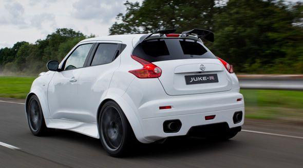 El primer Nissan Juke-R de serie ya rueda