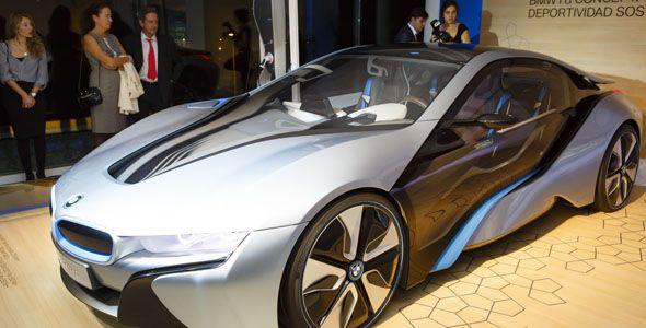 BMW presenta en Barcelona el eléctrico BMW i3 y el híbrido BMW i8