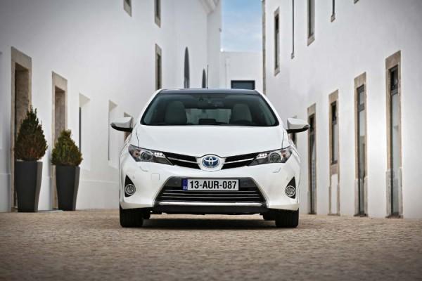Toyota Auris híbrido exterior