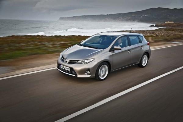 Toyota Auris exterior dinámica