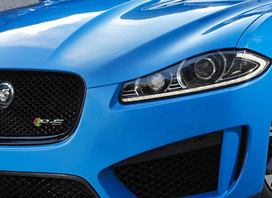 El Jaguar XFR-S llega a los concesionarios británicos en mayo de 2013.