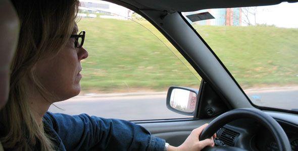 La falta de iluminación y climatología adversa aumentan la fatiga al volante