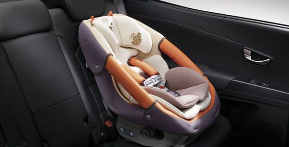 Dormir al bebé en el coche, perjudicial para tu bolsillo