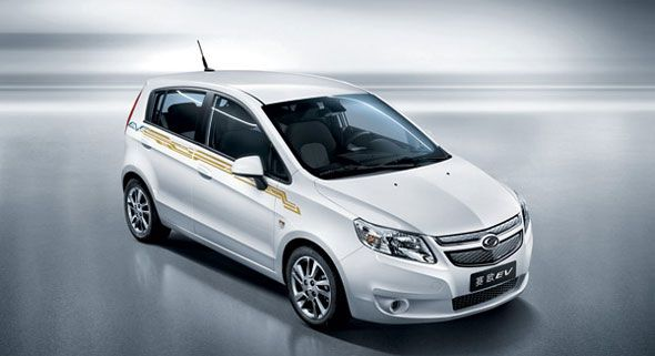 GM lanza su primer coche eléctrico desarrollado en China
