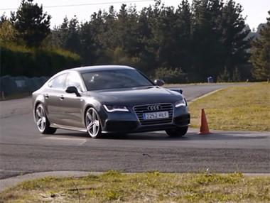 El Audi A7 TDi Biturbo rodando en el circuito