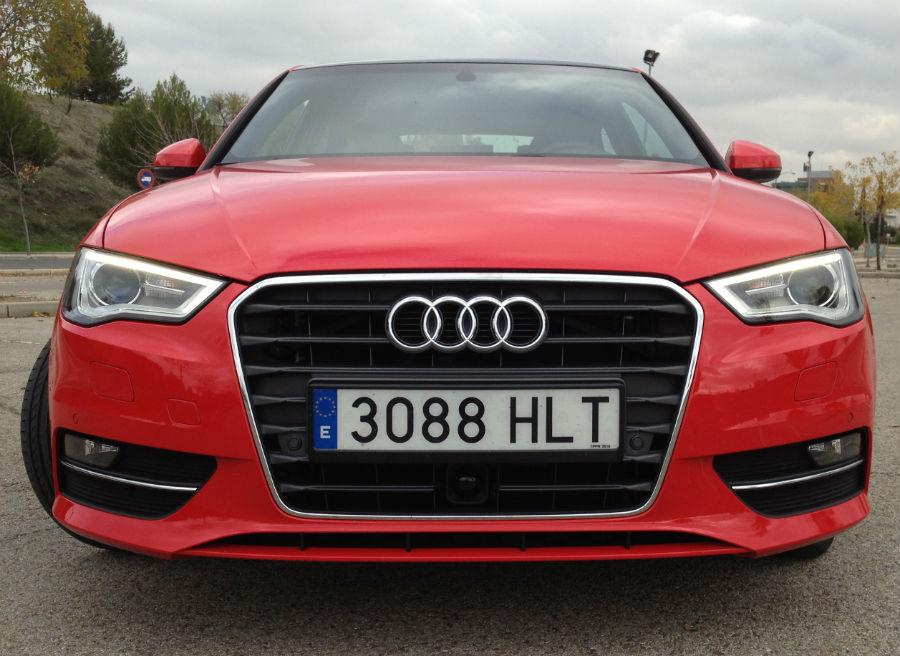El nuevo Audi A3 adopta la nueva parrilla hexagonal de la marca.