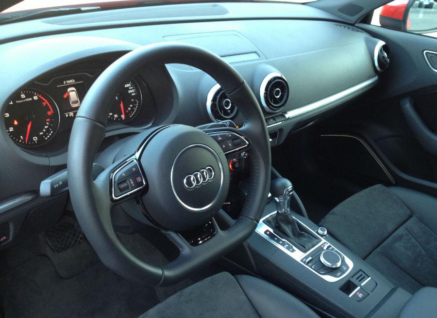Interior del nuevo Audi A3: sobrio pero con muchos detalles novedosos.