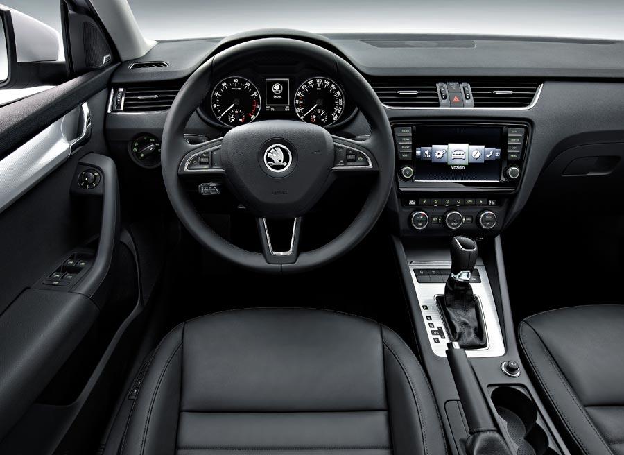 El interior del nuevo Octavia adopta el nuevo lenguaje de diseño de Skoda.