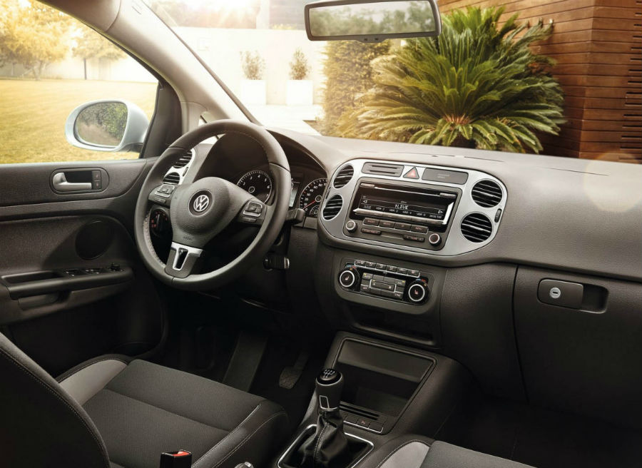 Interior del nuevo VW Golf Plus Life.