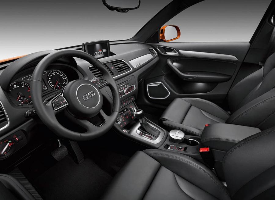 El interior del Audi Q3 también recibe actualizaciones en estas ediciones especiales.