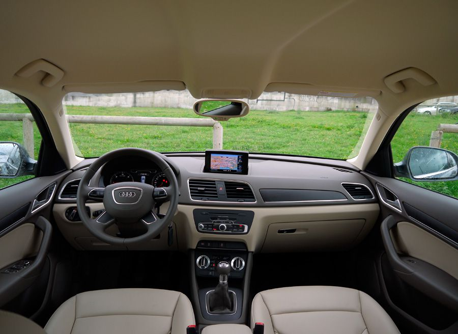 Audi Q3 2.0 TDi 2WD, interior, Rubén Fidalgo