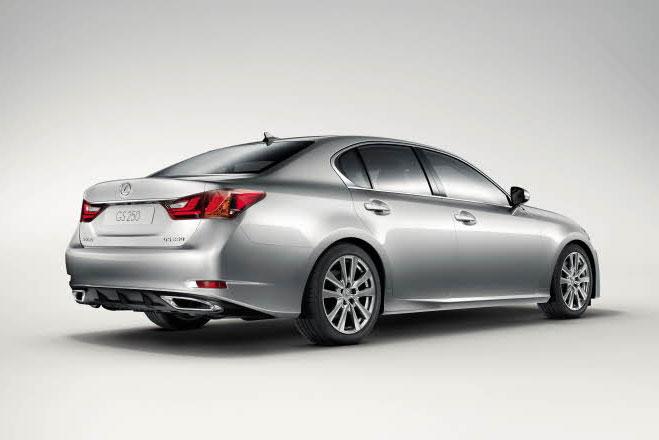 El Lexus GS 250 ya se encuentra a la venta en España.