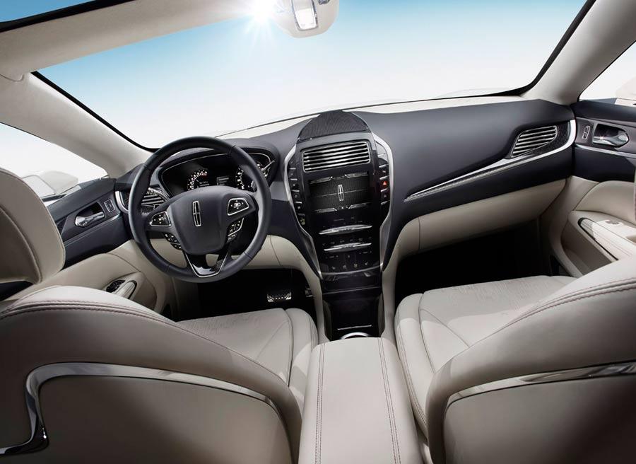 El interior del Lincoln MKC destila elegancia por los cuatro costados.