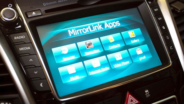 La función Mirrorlink hace más fácil sacar partido de las funciones del móvil.