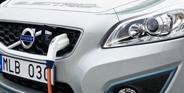 Hacienda pide gravar con un impuesto de matriculación a los coches eléctricos