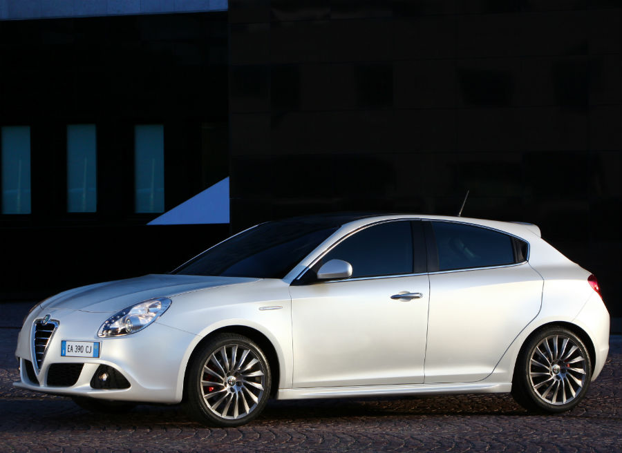 alfa romeo giulietta progression por euros. Black Bedroom Furniture Sets. Home Design Ideas