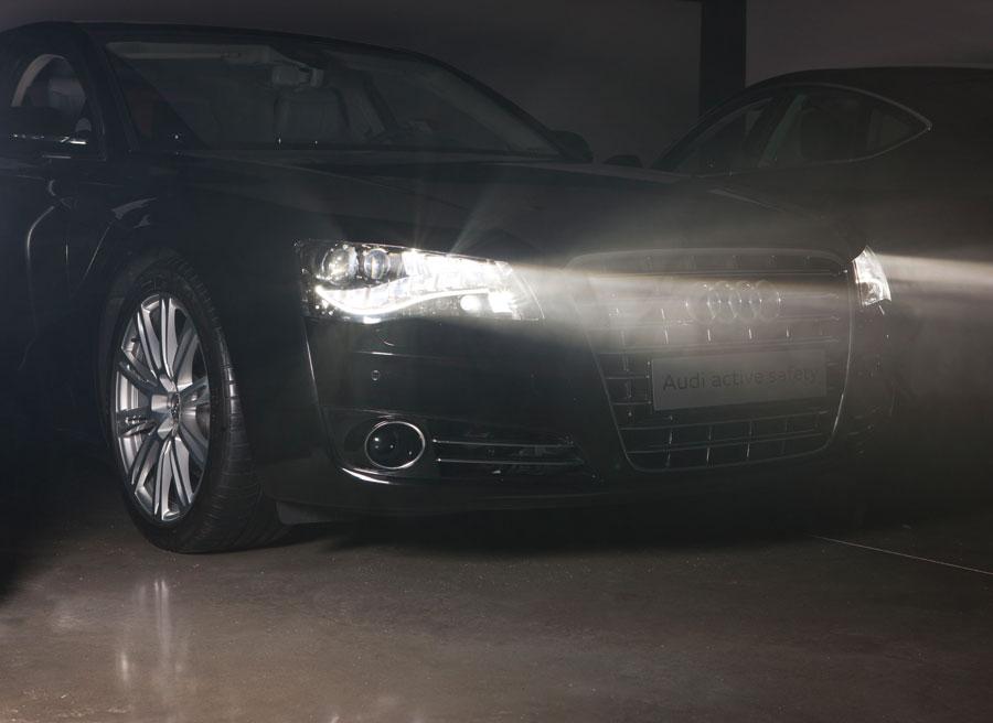 Faro adaptativo Audi