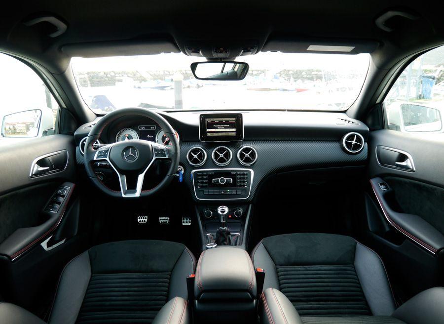 Prueba Mercedes Clase A 180 CDi AMG 109 CV, interior, Rubén Fidalgo