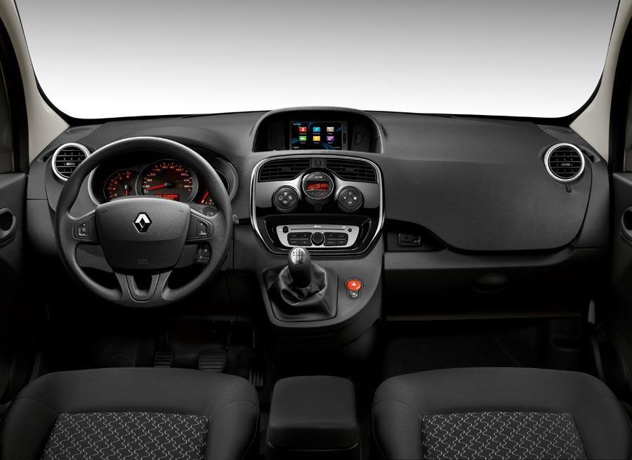 El interior de la nueva Renault Kangoo cuenta con un interior más completo y de mayor calidad.