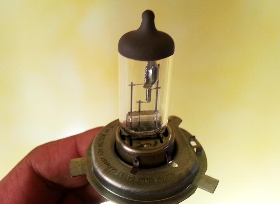 Tipos de faros, lampara H4 doble filamento, Rubén Fidalgo