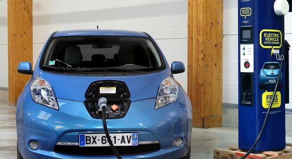 Qué necesita el coche eléctrico para tener éxito