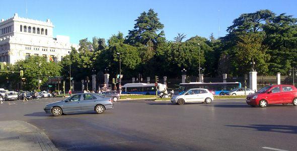 Madrid pone en marcha un plan para aumentar el número de coches eléctricos e híbridos