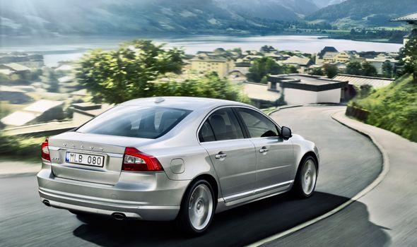 Volvo renueva sus modelos S60, S80, V60, V70 y XC60 y XC70 con nuevo diseño y tecnologías actualizadas