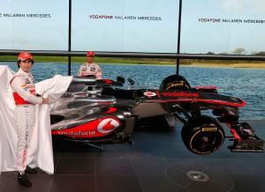 No han sido muy brillantes durante la pretemporada, pero no hay que descartar a los McLaren de Button y Pérez.