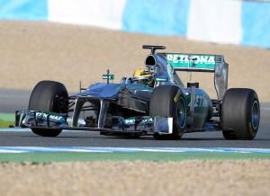 Lewis Hamilton vivirá, previsiblemente, una temporada difícil en su debut con Mercedes.