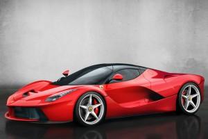 El nuevo Ferrari LaFerrari cuenta con un motor híbrido que entrega 963 CV de potencia.