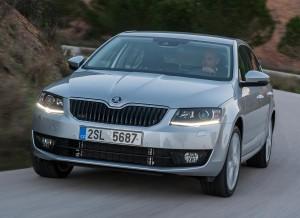 El nuevo Skoda Octavia cuenta con tres motores diésel y tres de gasolina.