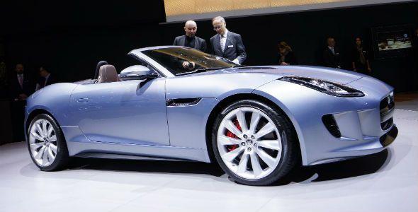 El nuevo Jaguar F-Type, presente en Ginebra, llegará a España en mayo