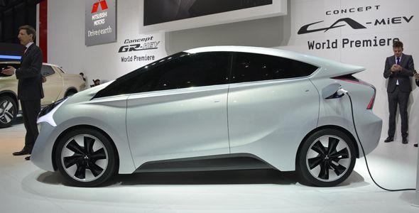 Mitsubishi Concept GR-HEV y Concept CA-MiEV, en el Salón del Automóvil de Ginebra