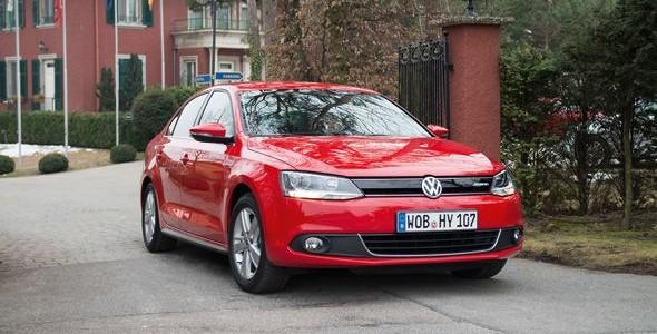 Ya en España el nuevo Volkswagen Jetta Hybrid, con 4,1 l/100km