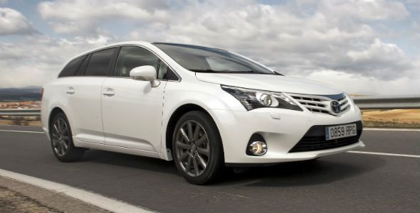 Toyota Avensis, renovado y ya disponible