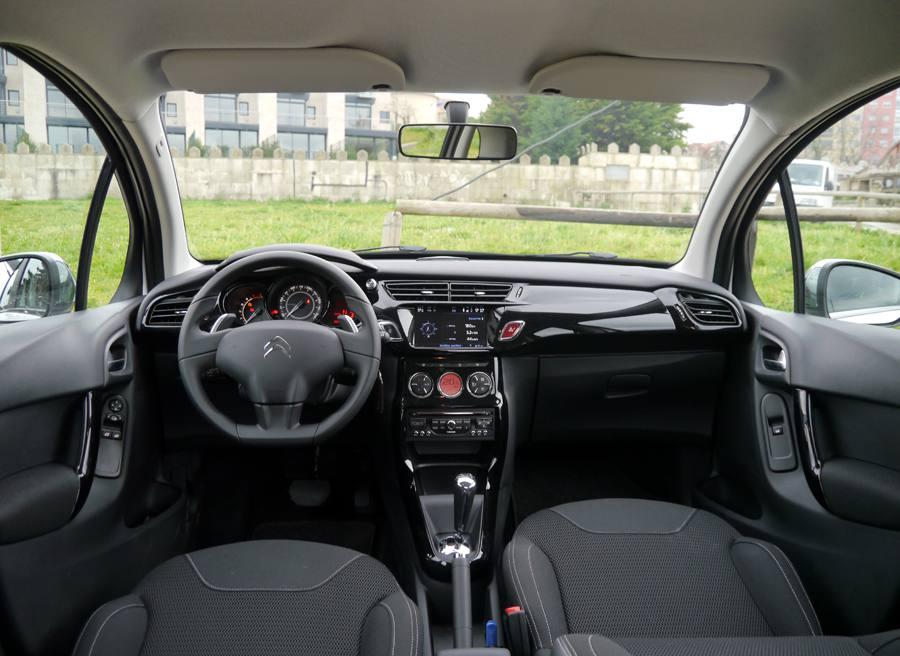 Citroen C3 HDi 70 Cambio CMP StartStop, interior, Rubén Fidalgo