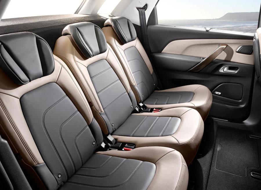 La zona trasera del nuevo Citroën C4 Picasso destaca por su amplitud.