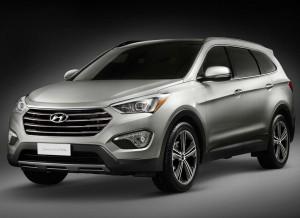 El Hyundai Grand Santa Fe aumenta su tamaño y cuenta con una tercera fila de asientos.