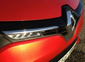 Los LEDs delanteros son una de las principales novedades del frontal del Renault Clio.