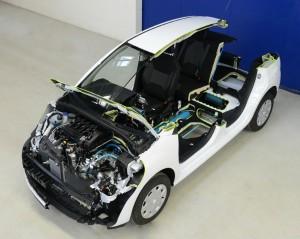 El Peugeot Hybrid Air homologa un gasto de combustible de 2 litros cada 100 km.