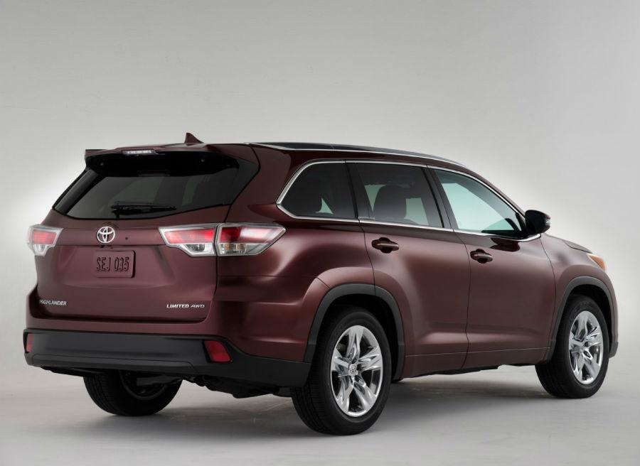 El nuevo Toyota Highlander llega a los concesionarios a principios de 2014.