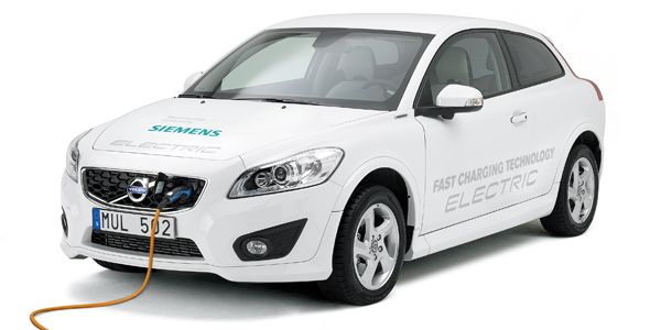 El Volvo C30 eléctrico reduce su tiempo recarga y aumenta las prestaciones