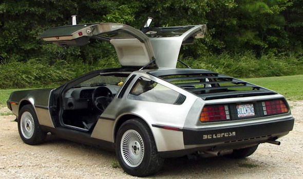 """Cómo comprar el DeLorean de """"Regreso al Futuro""""… o un coche de película"""