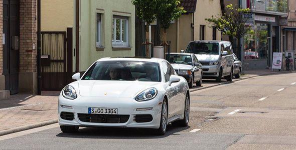 El Porsche Panamera S E-Hybrid consume 4,4 l/100 km en las pruebas