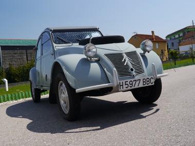Probamos uno de los escasísimos Citroën 2 CV Sahara 4×4