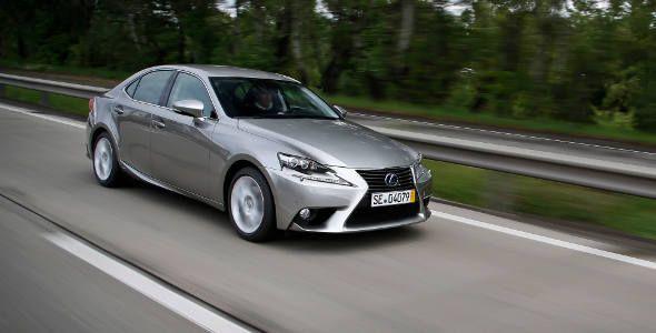 El Lexus IS 300h 2013 y sus nuevos sistemas de seguridad