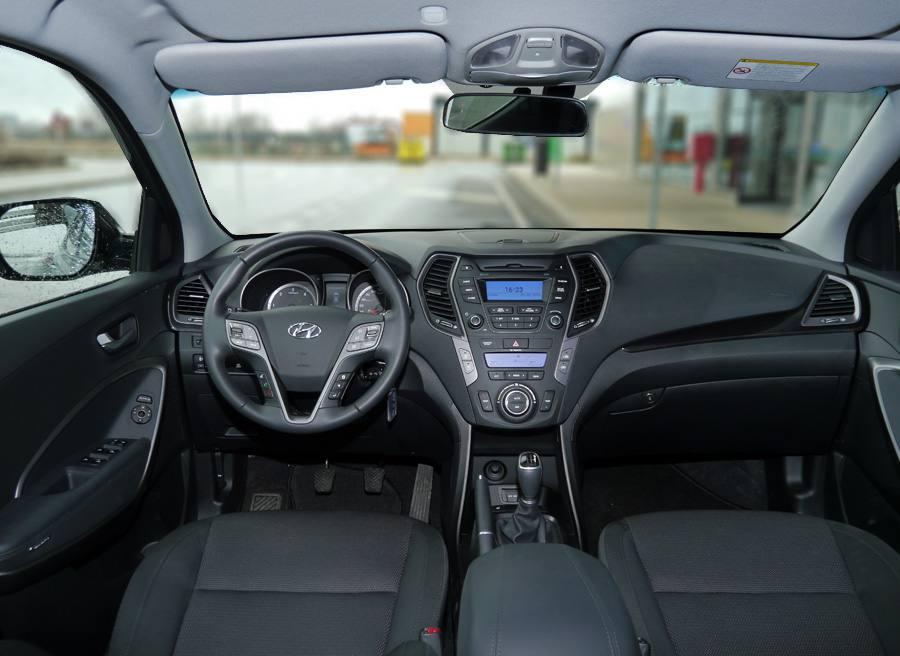 Prueba Hyundai Santa Fe 2WD 150 CV diesel 7 plazas, interior, Rubén Fidalgo