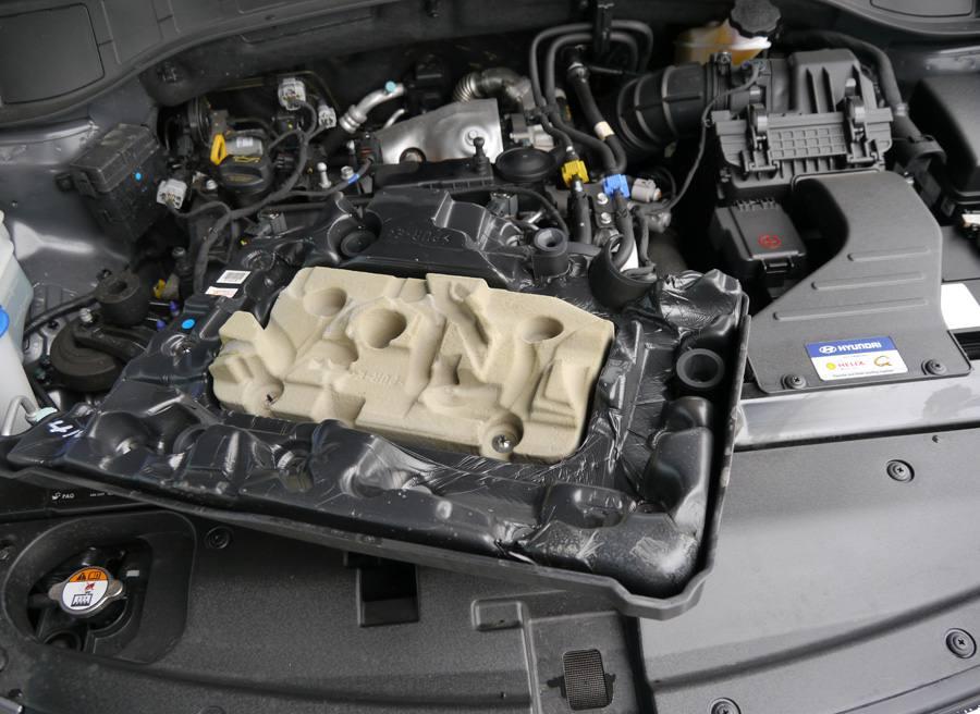 Prueba Hyundai Santa Fe 2WD 150 CV diesel 7 plazas, insonorizante, Rubén Fidalgo